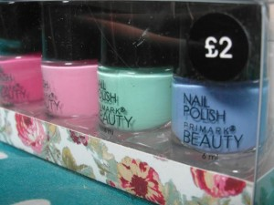 primark-beauty-nail-polish-L-7r3OAR