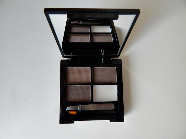 Makeup Revolution Eyebrow Kit 2