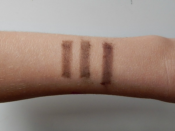 Makeup Revolution Eyebrow Kit Swatch