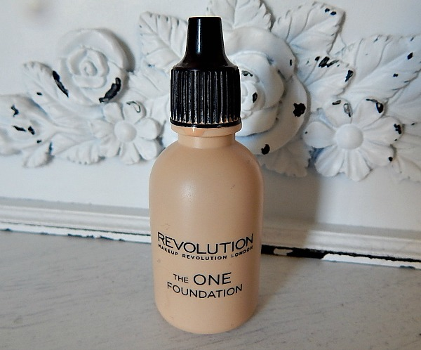 Makeup Rev FOundation 1