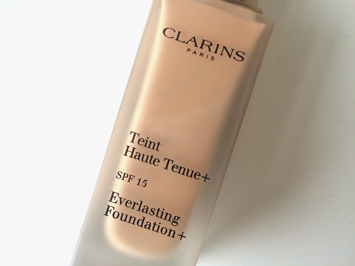 Clarins Everlasting Foundation Review 4