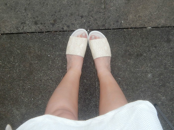 White and Nude Shoezone Sliders