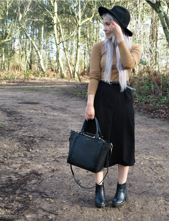 Winter Culottes Fashion Blogger