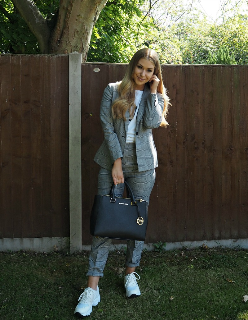 Blogger Wearing Checked Petite Suit from Matalan